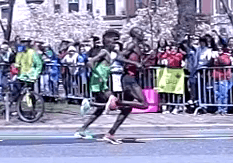 Super Slow-Motion: Elite Marathoners Running Form
