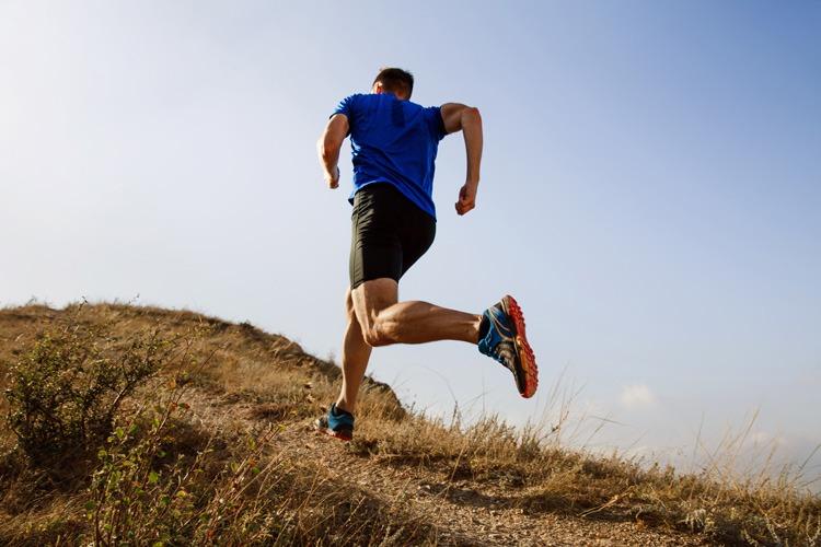 Hip internal rotation in running gait
